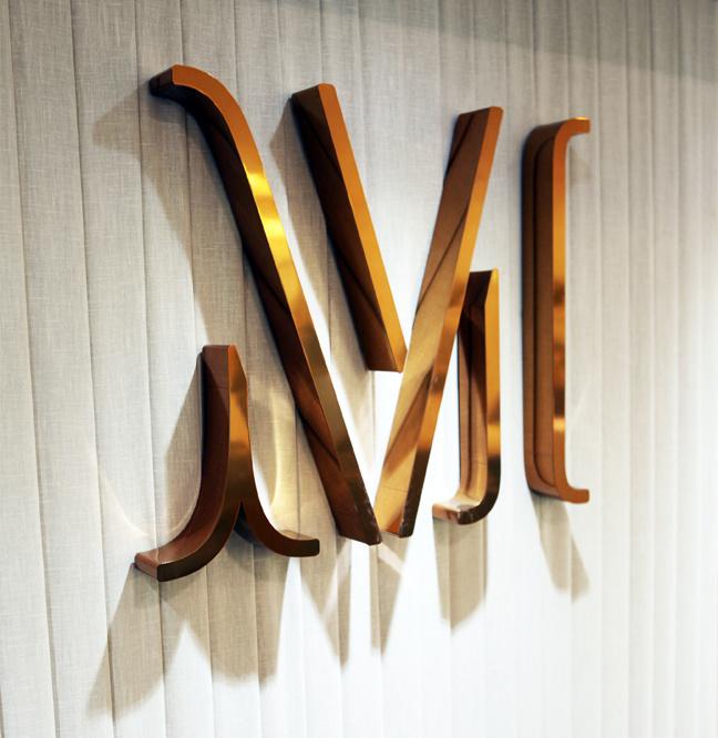 Monica Vinader Sign